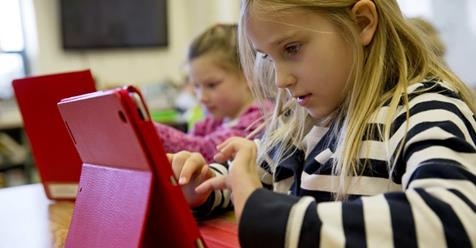 What are the Opportunities and Challenges of Digital Learning?