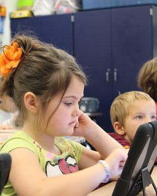 How to Engage Elementary Students Through Personalized Learning?