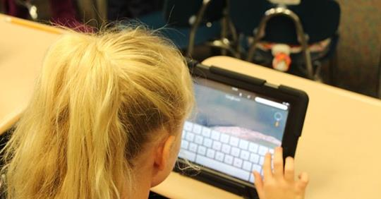 Are Digital Devices the Reason Why Kids Can't Write?