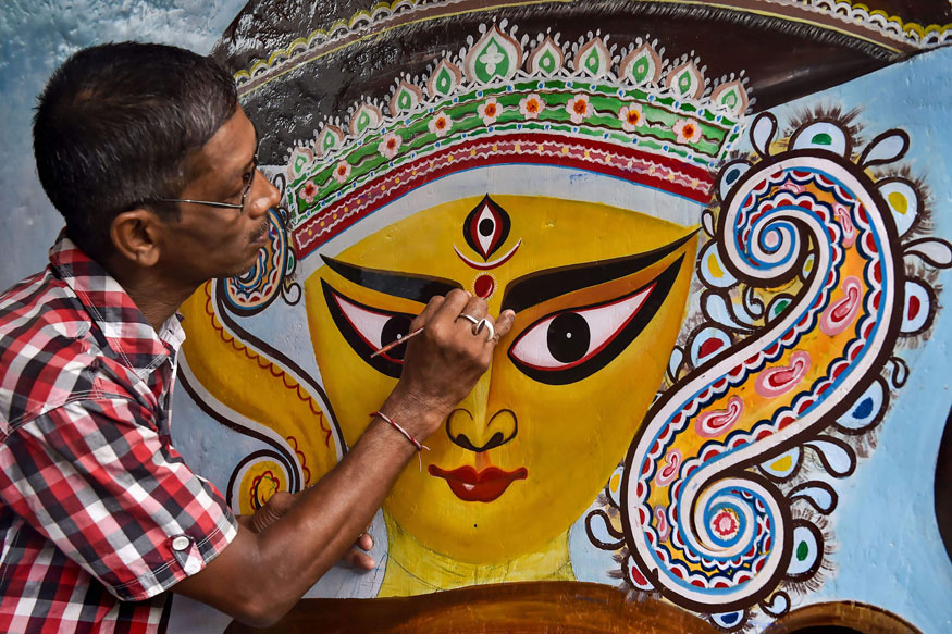 Did You Know These Differences Between Durga Puja and Navratri?