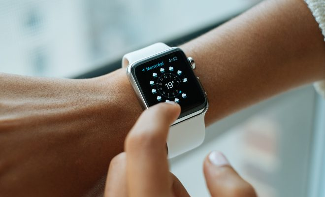 8 REASONS WHY SCHOOLS BAN KID-FRIENDLY SMART WATCHES